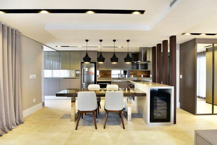 Cozinha integrada #quitetefaria #pendentes #iluminação #apartamento  #luxuryhome #luxurydesign #luxurydecor #homedecor #preojetodecasa #areaexterna #home #archidaily #architecture