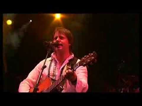 RUNRIG - Protect And Survive - Live at Stirling Castle