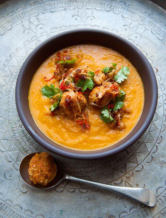 Receta: Sopa de zanahoria y especias.