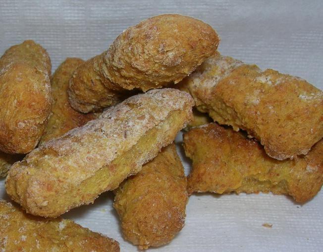Biscotti alla patata per il mio cane di www.iopreparo.com E' possibile preparare i biscotti al formaggio per il nostro cane in casa, senza un grande dispendio di tempo e di denaro.