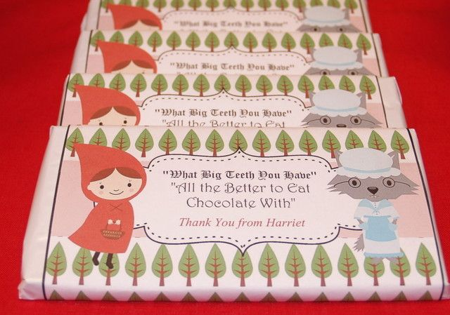 Candy favors at a Red Riding Hood Party #redridinghood #partycandy