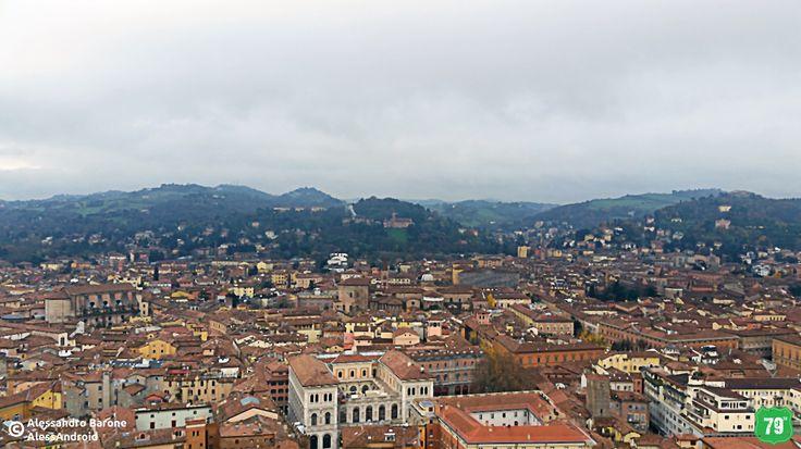Panorama dei Colli Bolognesi dalla Torre degli Asinelli #Bologna #EmiliaRomagna #Italy #Italia #79thAvnue #EIlViaggioContinua #AlwaysOnTheRoad