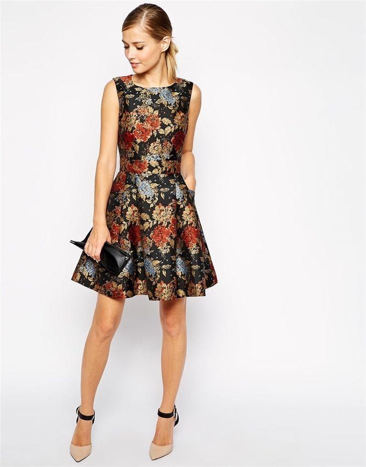 Un vestido corto floreado, perfecto para cualquier evento formal de día. #Vivalochic #lomaschic #vestido #cocktail: