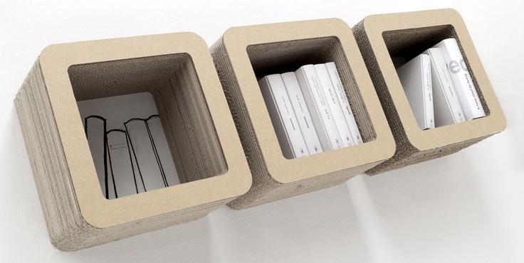 Cube Plus si può utilizzare come libreria appesa.  #kshop #mobili #cartone #ecologico #sostenibile #design #arredamento