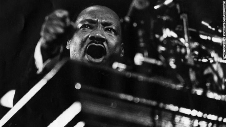 ► En el día de Martin Luther King, cinco mitos sobre su figura | CNNEspañol.com http://cnnespanol.cnn.com/2017/01/16/en-el-dia-de-martin-luther-king-cinco-mitos-sobre-su-figura/