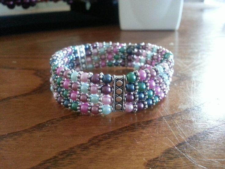 4mm glass pearl bead memory wire cuff