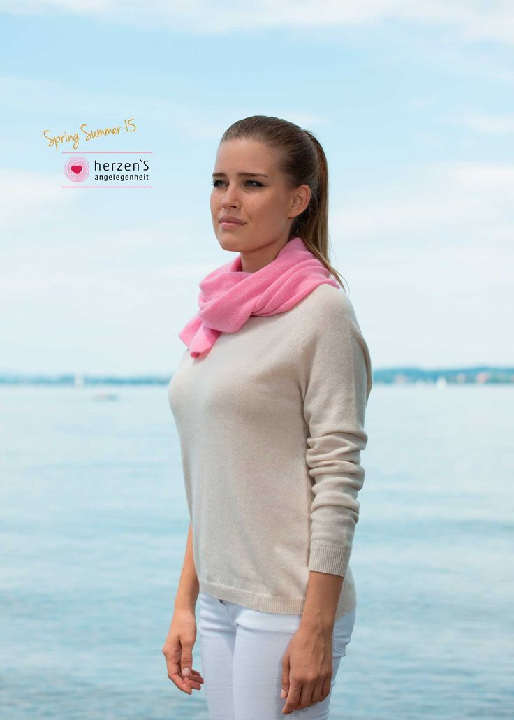 6151-1206 pink soft cashmere scarf great for a little cold!