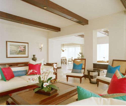 Recessed lighting ideas for tropical living room in Miami