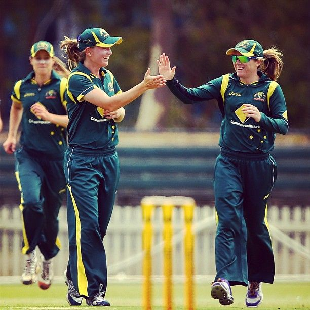 Meg Lanning & Sarah Coyte celebrate the wicket of Amy Satterthwaite #SSvNZ