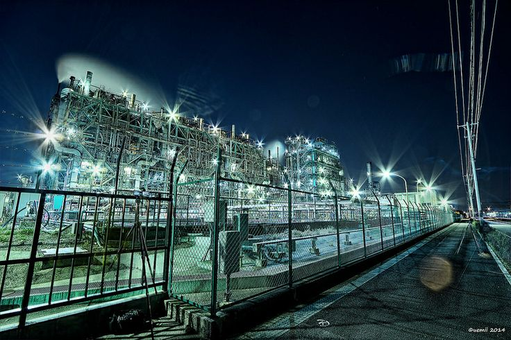 """HDR Photo: Factory night view """"Photographer's Ghost"""""""