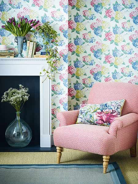 floral decorating wallpaper chair