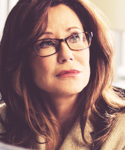 28/200 photos of Mary McDonnell