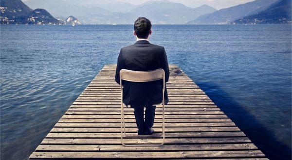 Jak ludzie sukcesu efektywnie spędzają pierwszągodzinęw pracy