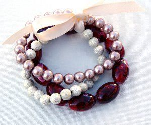 DIY jewelry doesn't come much easier than the Extra Easy Beaded Bracelet! This would make a great project for beginners who are interested in learning how to make jewelry.
