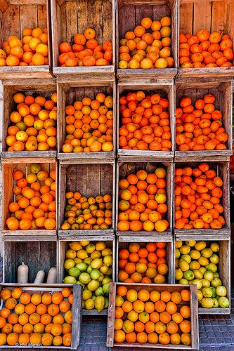 Crates of citrus - #oranges #fruit #color