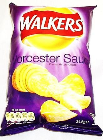 Walkers Worcester Sauce Crisps (6 Pack)