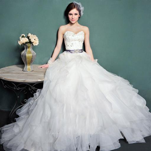 dress: Wedding Dressses, Shoulder Tappliqu, Tulle Wedding Dresses, Ball Gowns, Vintage Wedding Dresses, Dresses Brid Gowns Evening, Sequins Tulle, Tappliqu Beads, Beads Sequins