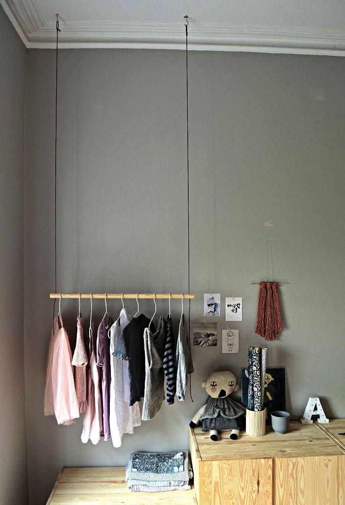 1001 Idees Pour Organiser Ses Vetements Avec Un Dressing Fait Maison Dressing Fait Maison Petit Meuble Rangement Et Rangement Vetement