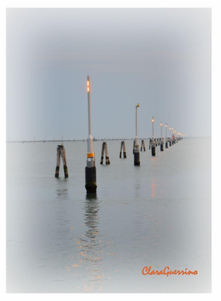 Il canale dei petroli, laguna