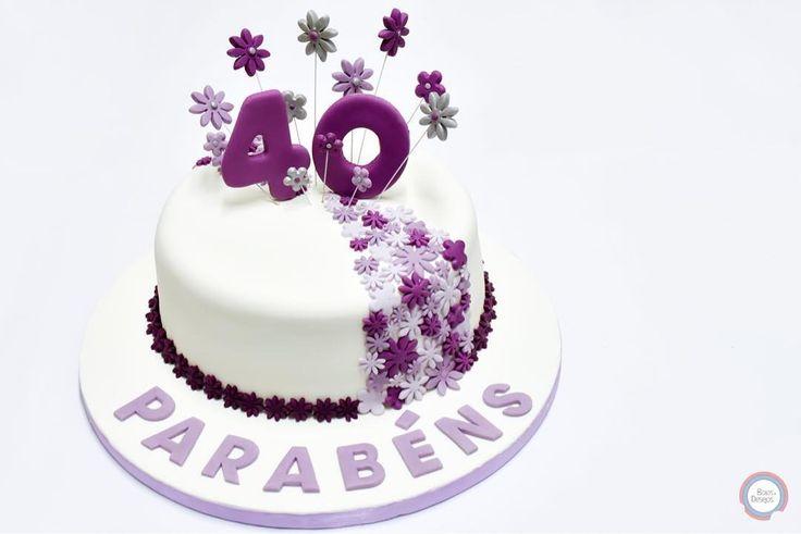 #happy40th #happy40thbirthday #cake #cakedesign #cakeguide #cakelover #cakestagram #cakeart #cakedecorating #delish #delicious #decoration #dessert #desserts #dessertporn #dessertgram #dessertlover #yum #yummy #foodpics #foodporn #foodblogger #purple #purpleflowers #purpleflowers #40 #happybirthday