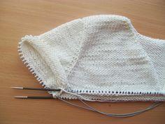 tru-knitting: Имитация втачного рукава сверху вниз. МК