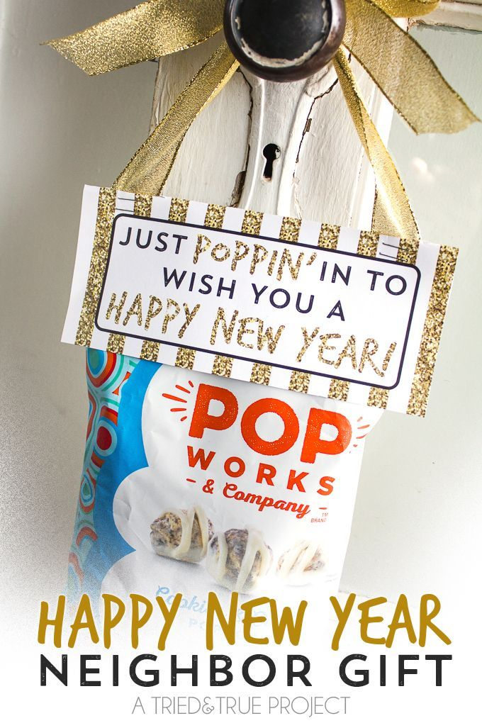 Give this easy Neighbor Gift for New Years! Takes 5 minutes to assemble with the free printable gift tag included in post.