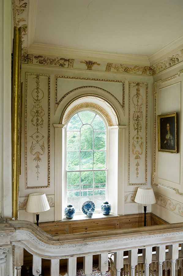 Blue U0026 White Porcelain Accents In This Country Manor Home In Ireland ~  Todhunter Earle