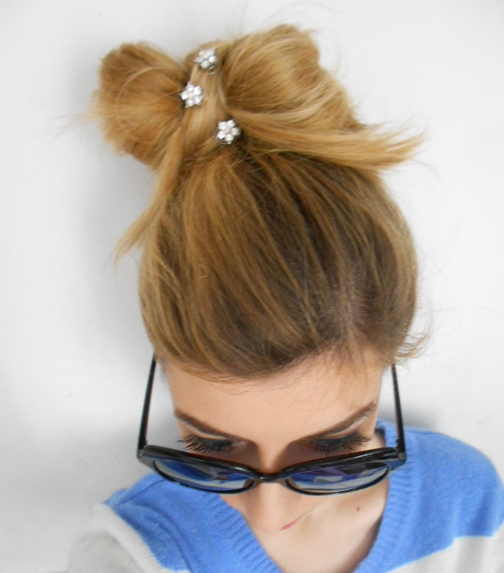 A bow and Sunglasses by Suglasses.com :)