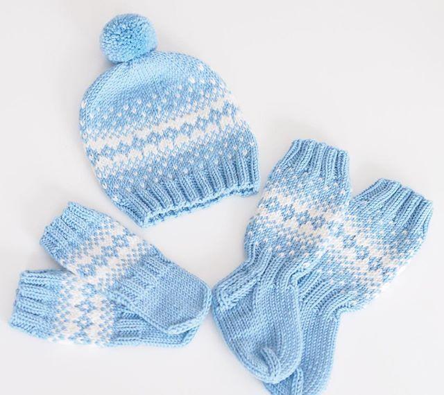 ❄️ #käsityöt #knitting #kirjoneule #babystuff #vauvalle #poikavauvalle #handmadewithlove