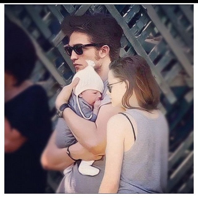AHHHH, LOVE this pic!! Kristen Stewart and Robert Pattinson... Twilight :))) Cannot wait for Pt.2