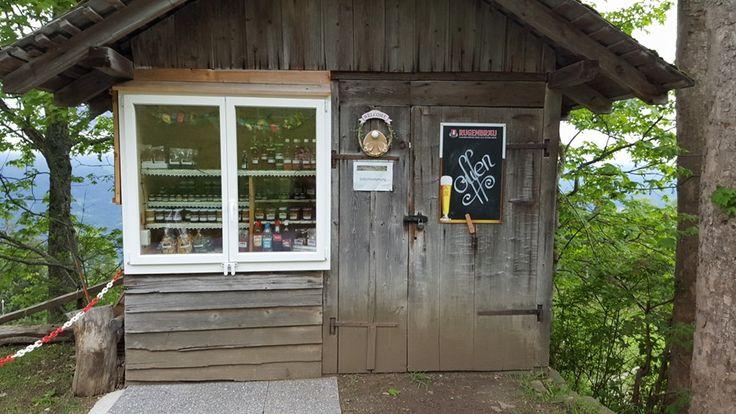 Schweiz - Kleiner Laden mit hausgemachten Produkten, oberhalb Beatenberg
