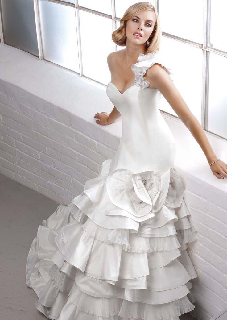 modern-wedding-dresses-simone-carvalli-1-1