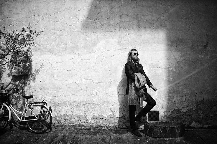 "186 gilla-markeringar, 8 kommentarer - Glen Allsop (@glenallsop) på Instagram: ""shade in the shadows. | throwback to shooting fall winter 2014 in Florence with @akciongoli and…"""