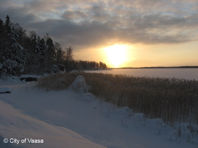 Sunset in Winter @ Vaasa. www.visitvaasa.fi. Photo: Nina Westerlund.