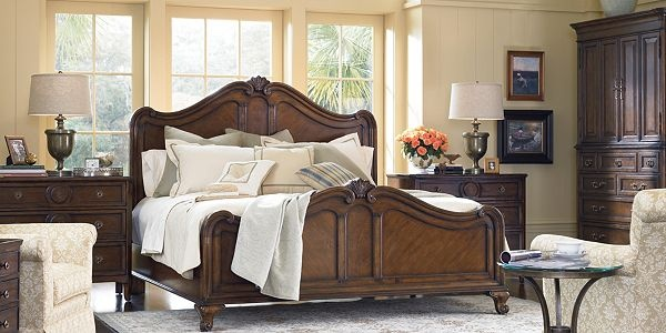 Vintage Chateau Bedroom Furniture by Thomasville Furniture - this is beautiful!