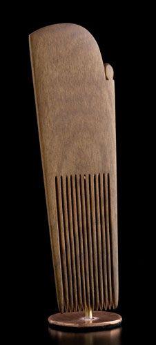 Heru Rakau • Traditional Style Comb by Stacy Gordine, Māori artist (NZ51009)