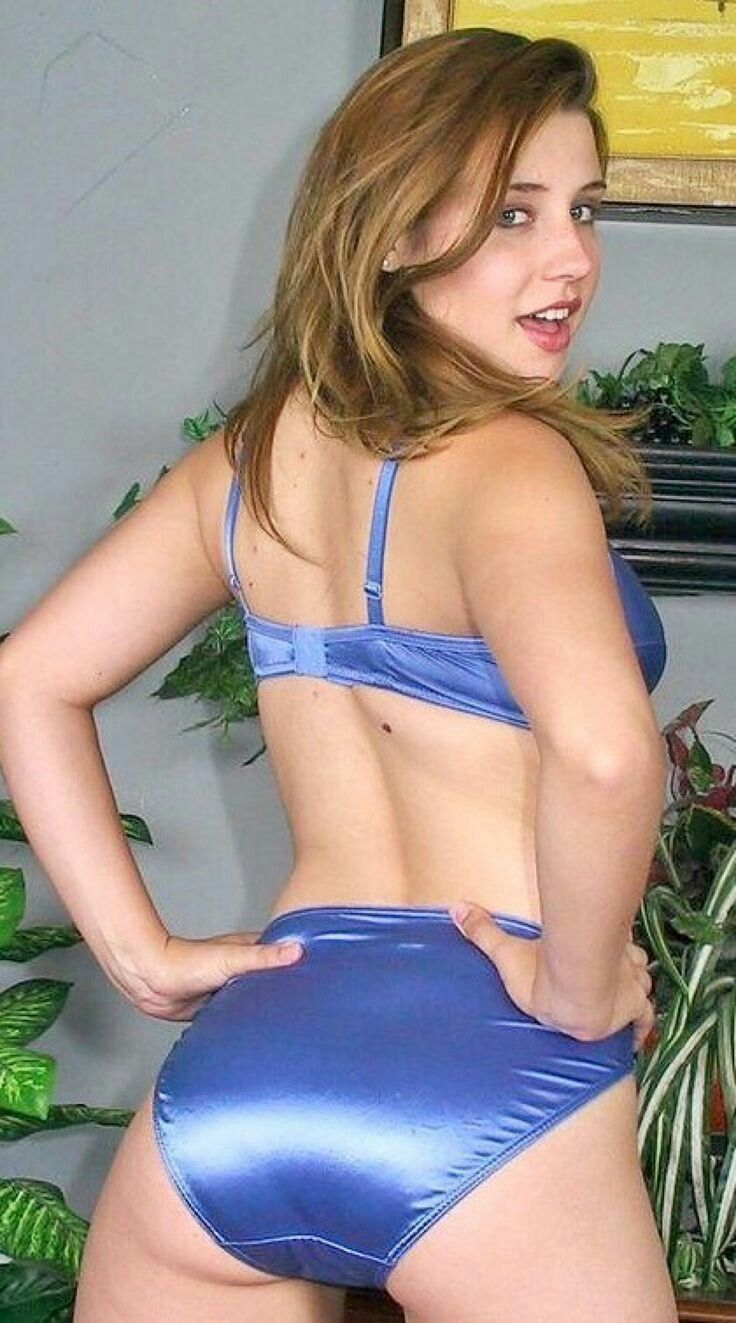 gif animated mature dressed vs undressed