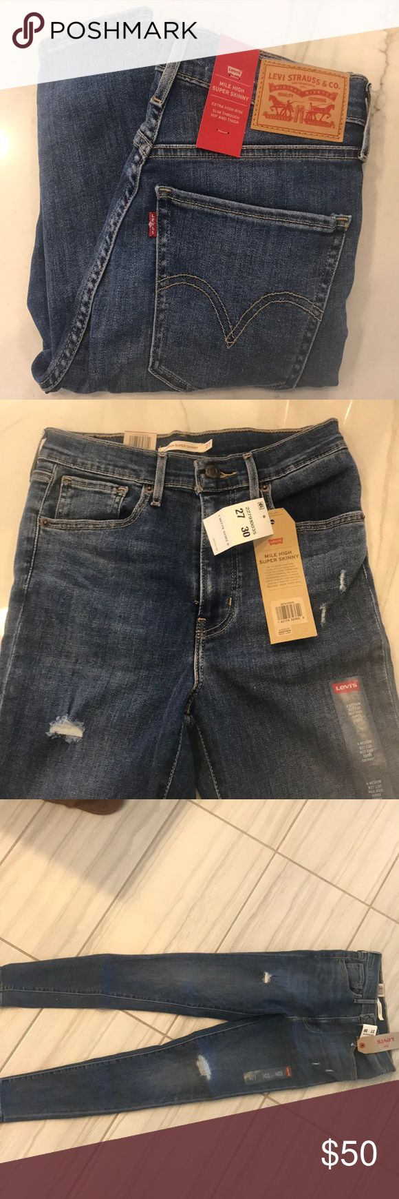 Mile high super skinny jeans Distressed skinny jeans. Levi's Jeans Skinny