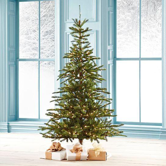 Pre-Lit Noble Fir Artificial Christmas Tree