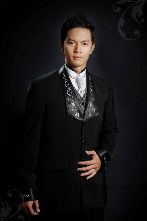Order jas pria dengan desain sendiri? Pasti bisa!! Langsung aja ke website jas pria online di http://pulaubatik.com
