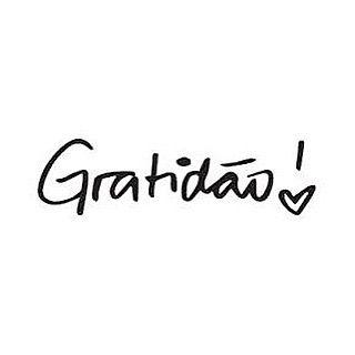 Grata pela vida, pelo acordar, pelo andar, grata por tudo que Deus me destes. Tenham um bom dia!