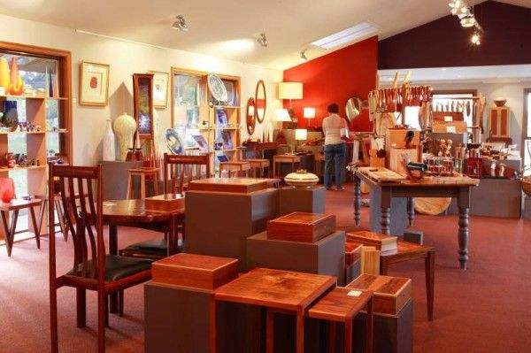 The Australian Woodwork Gallery boasts stunning Native Australian woodcraft designs, including gifts, homewares, furniture and collectibles. You will be amazed at these examples of what skilled craftsmen can do with wood.