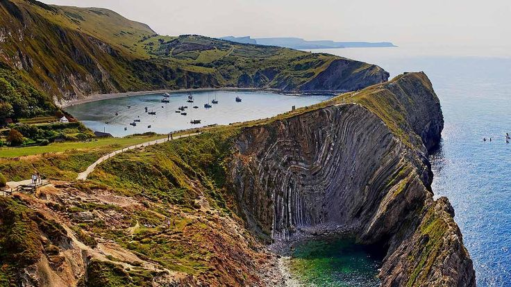 Bing Images - Lulworth Cove - Lulworth Cove along Jurassic Coast, England (© SIME/eStock Photo)