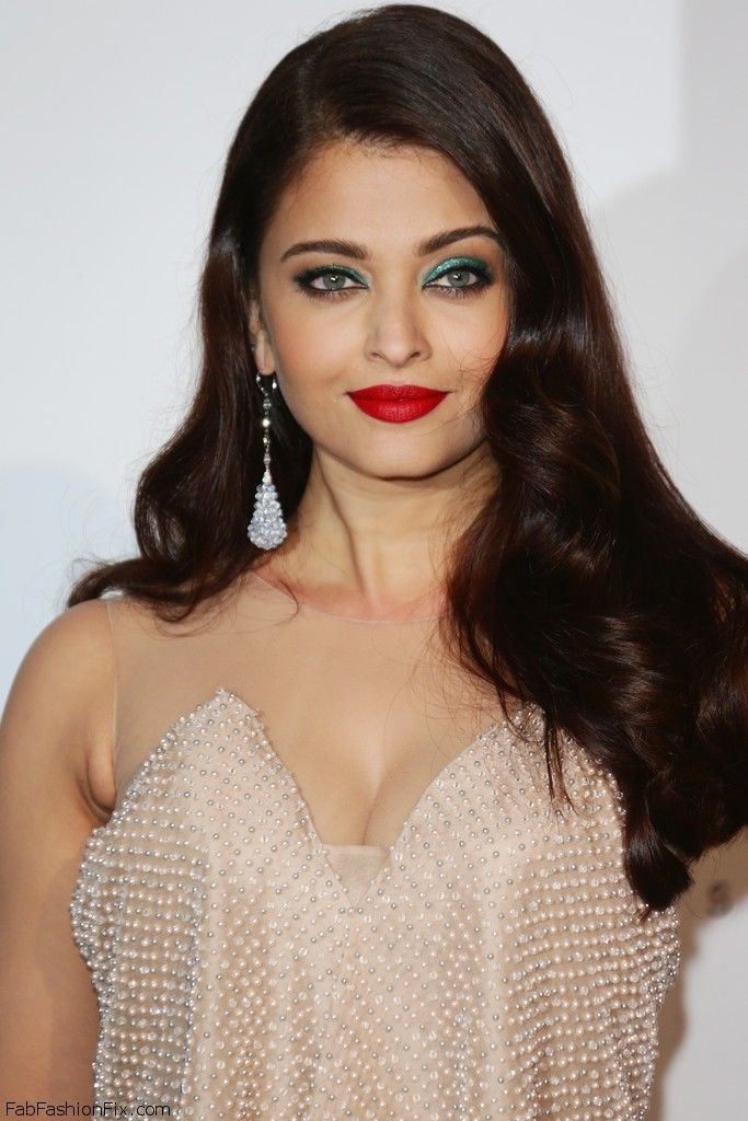 Gorgeous Aishwarya Rai with red lips makeup look at 2014 Cannes amfAR Gala.