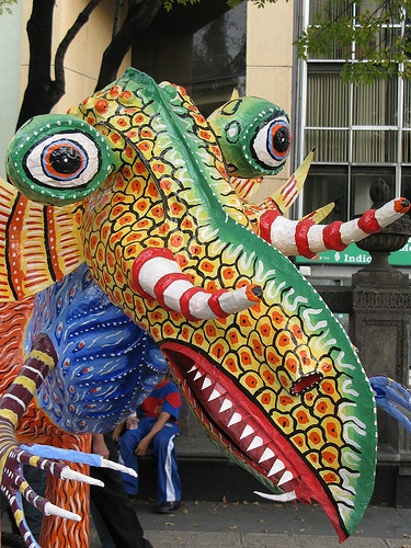 Alebrije by Cucubianita, via Flickr: Colour, Art Indigenous Alebrij