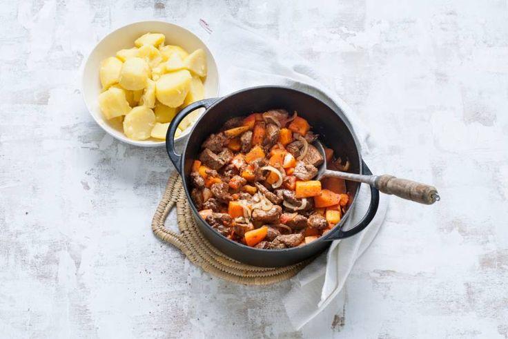 31 oktober - Pompoenblokjes + runderhachee in de bonus = een heerlijke winterse stoof - Recept - Allerhande