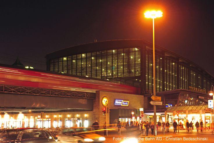 Der Bahnhof Zoo war schon oft Drehort für bekannte Filme. Unter anderem wurde hier der zweite Teil der Jason Bourne Trilogie gedreht.