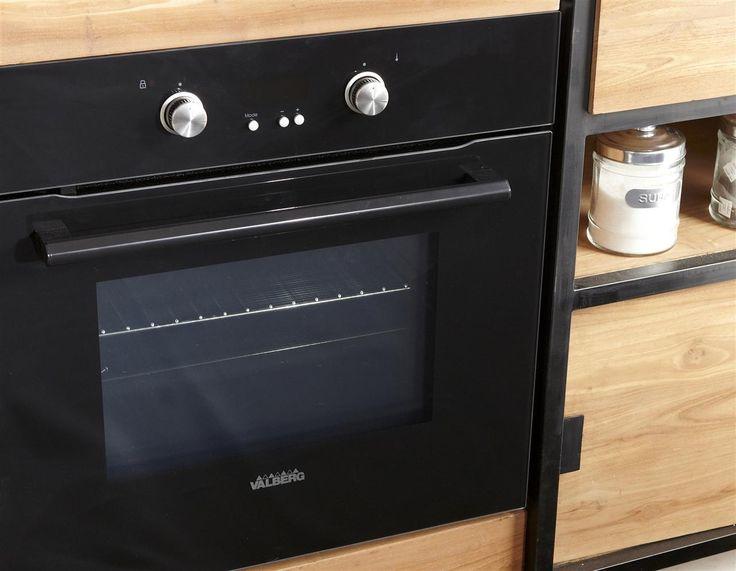 pingl par electro depot sur ma cuisine moderne toute quip e pinterest oven kitchen. Black Bedroom Furniture Sets. Home Design Ideas