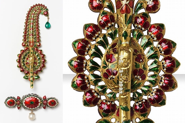 Turban ornament (back view)  Probably Murshidabad, 1730–55    Gold, diamonds, rubies, emeralds, sapphire, pearl  V: IS.3    The reverse of this spectacular turban ornament (sarpech) is ornamented with enamelled gold. The style of this piece is typical of Murshidabad and was given to Admiral Charles Watson by the ruler, Nawab Mir Jafar, in July 1757.