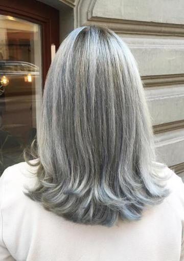 1-средне-серо-прически-для-прямолинейной волос